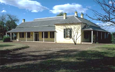 Collingwood House c.1998 Image courtesy of the Australian Heritage Database