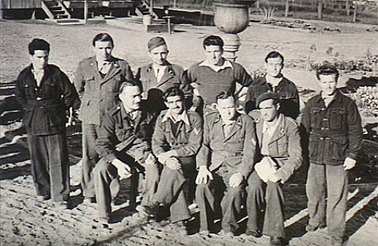 Italian POWs at Hay (or Yanco shortly after) 1941. AWM