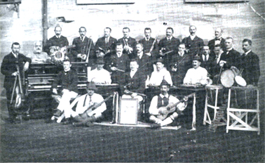 The Berrima Internees Orchestra circa 1916. Karl Pfingst is seated at the zither on the right.
