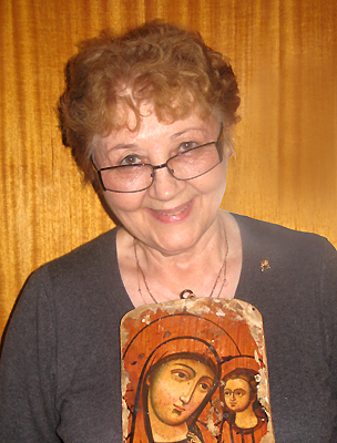 Helen Simanowsky with religious icon