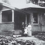 The Hurtzig family outside the 2nd house they shared with the Glinz family. Berrima District Museum